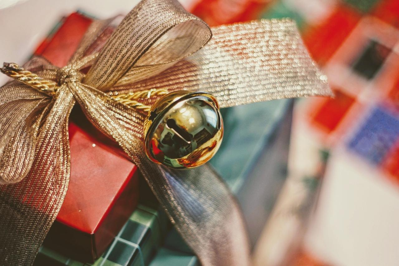 Hopeful Holidays Wishlist: Jewelry Gifts Under $350